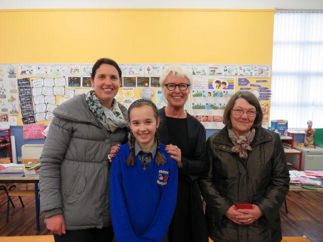 4th class student Lauren Rowan, mam Alice and grandmother Alice with Moya Doherty