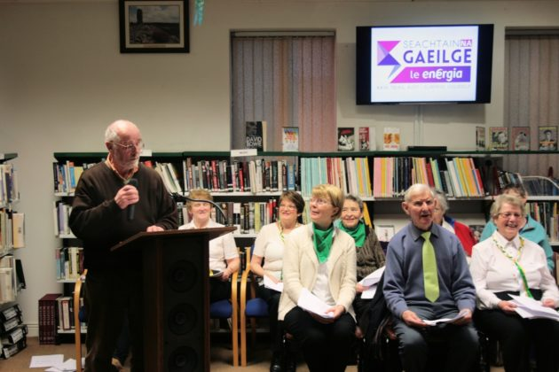 Sean Mullins from the Ciorcail Comhra group in Portlaoise library