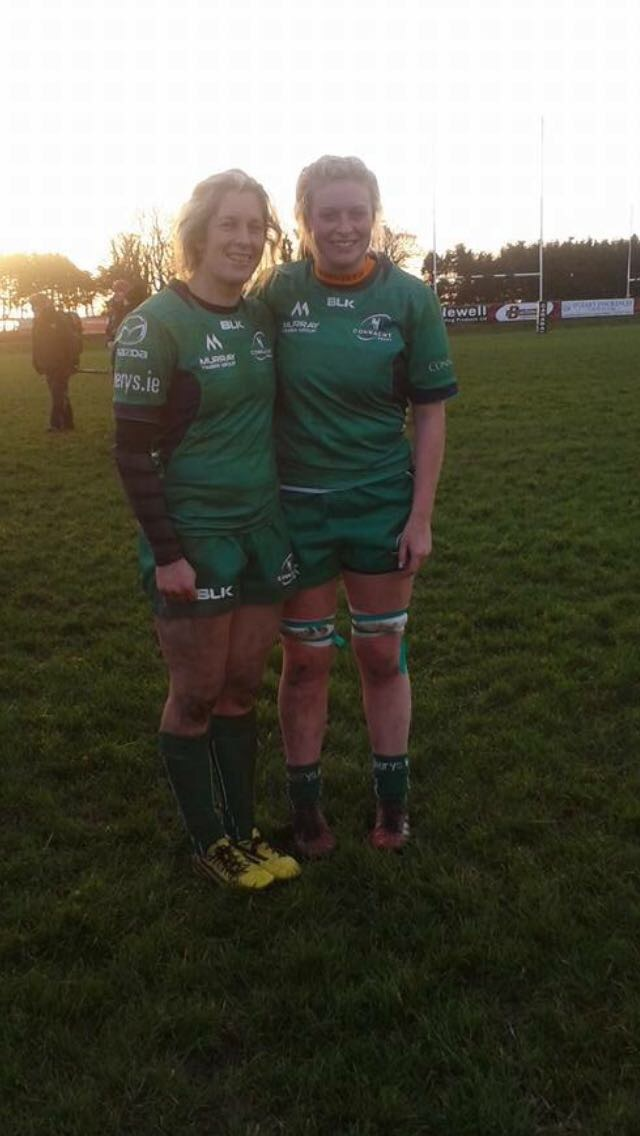 Tara pictured with fellow Laois native Alison Miller who also plays for Connacht