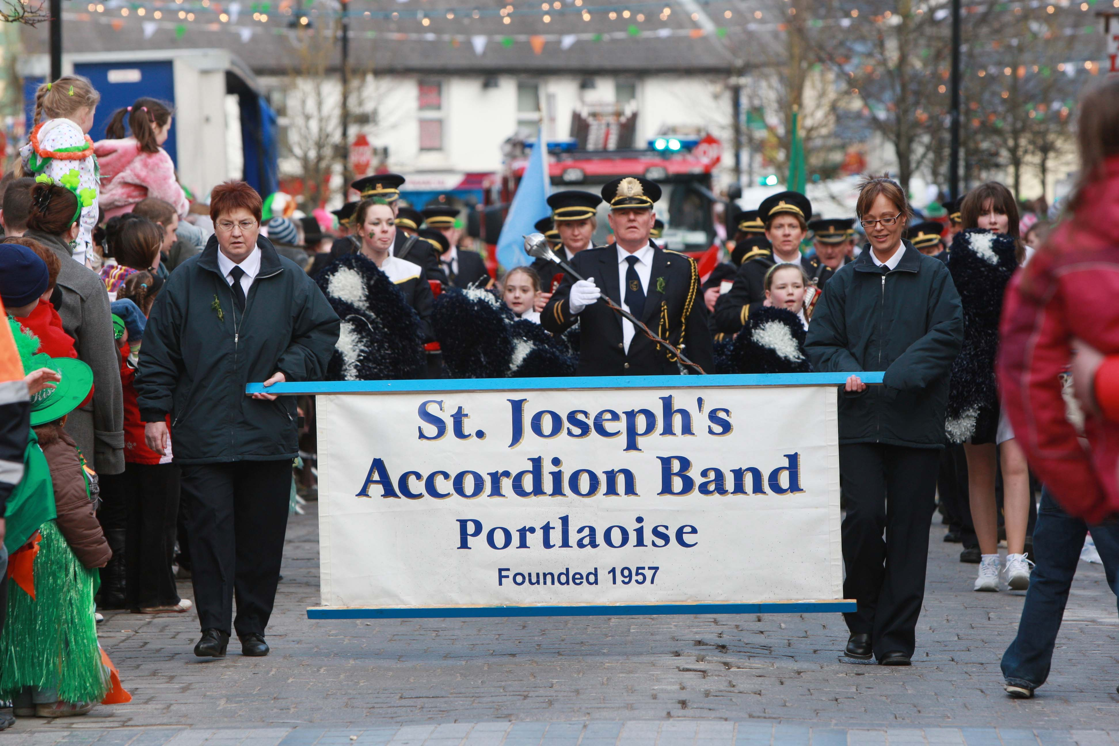 Moment in time great colour and atmosphere from portlaoise st st josephs accordian band portlaoise at the portlaoise st patricks day parade picture alf harvey malvernweather Gallery